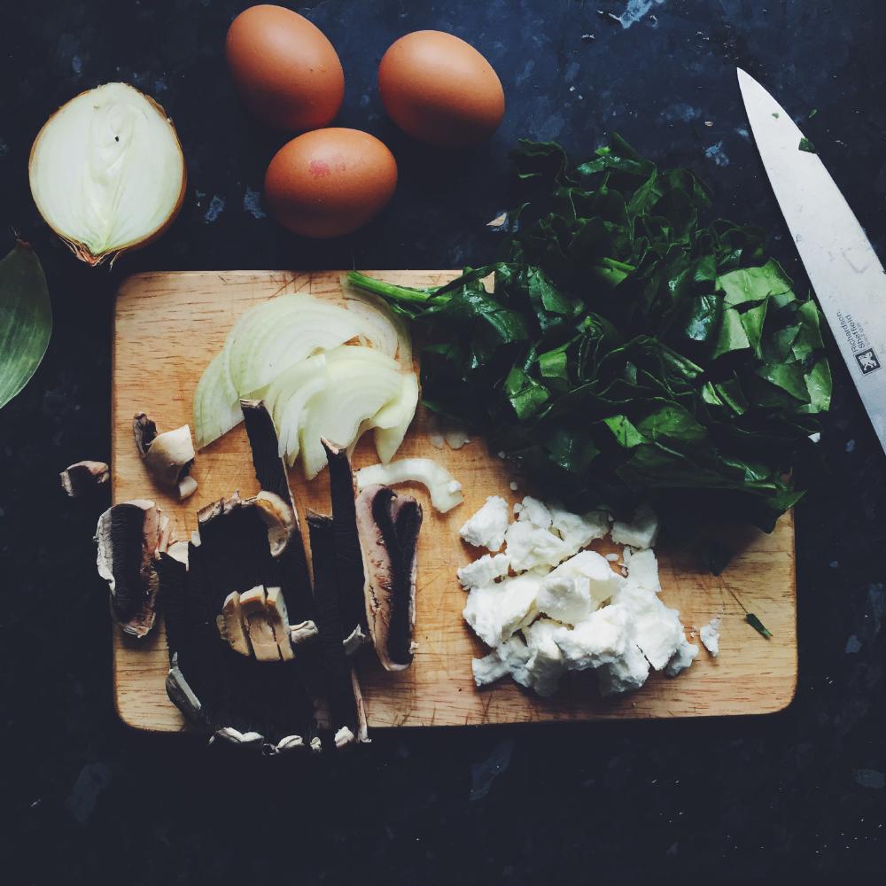 Spenatomelett med getost och svamp